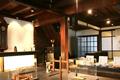 明治35年創業の竹内度量衡店が前身という蔵造りの資料館です。江戸時代のはかりをはじめ、ローマはかり、雄雌選別器など貴重なはかり約120点を展示しています。