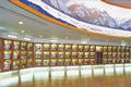 最新のコンピュータ管理により、日本酒醸造用の酒造好適米を精米する日本最大規模の搗精工場。精米過程がパネルでわかりやすくされていて、ワイド なガラス越しに工場見学ができます。また、長野県内約100社の蔵元の日本酒が展示され、試飲コーナーや販売コーナーも設けられています。