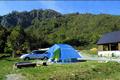 標高1200mの上信越高原国立公園、奥山の24時間を体験するキャンプ場です。日本百名山のひとつである雨飾山を間近に望み、登山、トレッキングの快適な拠点となっています。また、さまざまな自然体験教室も開催しています。
