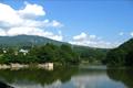 四季を通して楽しめる静かな自然環境に恵まれた湖です。特にヘラブナ釣りのメッカとして有名です。また、春にはヘラブナ釣り大会、チビッコ釣り大会が開催されます。